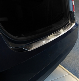 Takapuskurin suoja Mercedes W212 E sedan 2009-2013