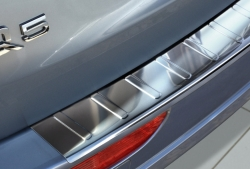 Takapuskurin suoja  Audi Q5 2008-