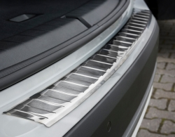 Takapuskurin suoja BMW X1 F48 2015-