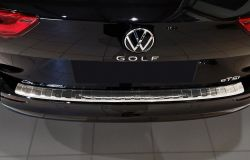 Takapuskurin suoja VW Golf Variant VIII 2020-