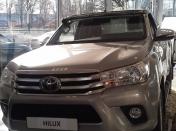 Aurinkosuoja Toyota Hilux 2016-