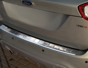 Takapuskurin suoja Ford Kuga 2008-13