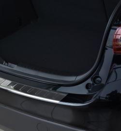 Takapuskurin suoja Mazda 3