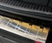 Takakapuskurin suoja Mercedes W213 E wagon