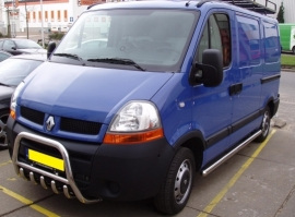 Valoteline hampailla Renault Master 04-
