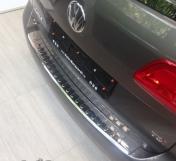 Takapuskurin suoja VW Touran 2010-15