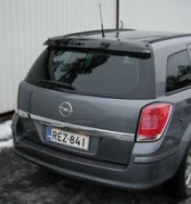 Takatuuliohjain Opel Astra H farmari