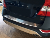 Takapuskurin suoja Volvo XC70 2007-